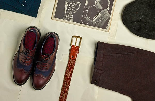 Do men's belt and shoes need to match